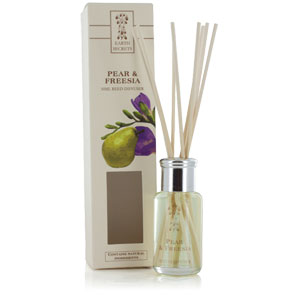 Earth Secrets - Reed Diffuser - Pear & Freesia